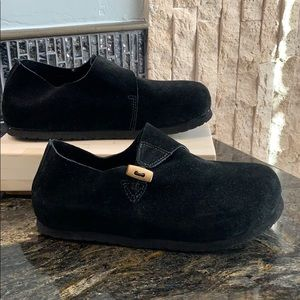 Steve Madden clogs suede size 6